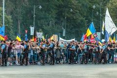 Протесты в Бухаресте Румынии против коррумпированного правительства - 11 -го августе//2018 стоковые фото