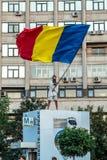 Протесты в Бухаресте Румынии против коррумпированного правительства - 11 -го августе//2018 стоковые фотографии rf
