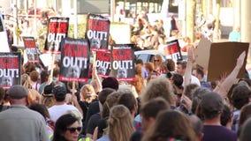 Протесты против консервативного правительства, всеобщих выборов 2015, Бристоль Великобритания видеоматериал