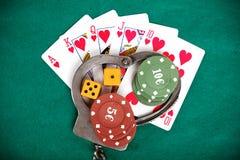 Противозаконный играть в азартные игры наказуемый законом стоковая фотография rf