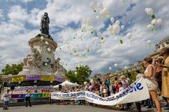 Противоядерная демонстрация войны в Париже, Франции Стоковые Изображения RF