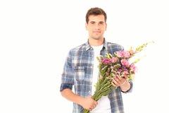 против цветка поставки пука красивейшей красотки фона голубого удерживание девушки цветков включая японские розы сняло ся оглушат Стоковые Фото