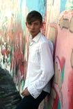 против graphiti полагает молодость Стоковая Фотография RF