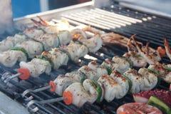 Протыкальники креветки и осьминога кальмара Стоковые Фото