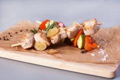 Протыкальники цыпленка и овоща Стоковое Изображение