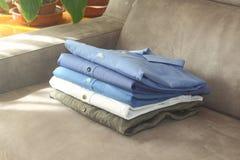 Проутюживенная рубашка стоковое изображение rf