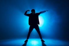 Танцовщик в ночном клубе ночные клубы москва время работы