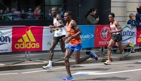 Профессиональный спринтер приезжая первое в канереечный причал london Великобритания Стоковое Фото