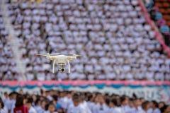 Профессионал фантома 4 Quadcopter Dji трутня с 4K цифровым пришел стоковое изображение rf