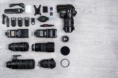 Профессиональная идея фотографа с предпосылкой аксессуаров Стоковое Изображение RF