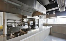 Профессиональная кухня Стоковая Фотография