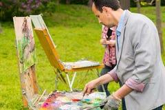 2 профессиональных модных творческих художника во время cla искусства Стоковое фото RF