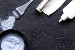 Профессия парикмахера отборная цвета волос на темной предпосылке Стоковое Изображение