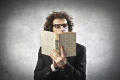 Профессор Чтение Стоковое Изображение