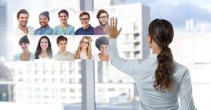 Профили портрета женщины касающие различных людей Стоковые Фото
