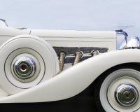 Профиль классического автомобиля Duesenberg Стоковое фото RF