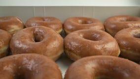 Проходя коробка Donuts акции видеоматериалы