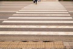 Проход пешеходного перехода на дороге Стоковое Изображение RF