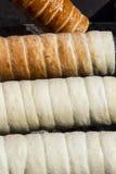 Процесс выпечки Kurtoskalacs Стоковое Изображение RF