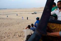Процесс падения воздушного шара в Луксоре Стоковое фото RF