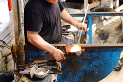 Процесс производства стекла Glassworks Стоковые Изображения
