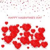 прочешите сердца дня счастливые любя Валентайн s 2 Романтичный состав с confetti сердец Красивая предпосылка с сердцами на белизн Стоковая Фотография RF
