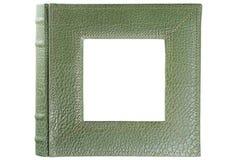 Проштемпелеванная кожаная крышка альбома обрамляя квадратную внутренность окна изолированную на белизне Стоковое Изображение RF