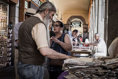 Продавать старые монетки Стоковая Фотография