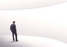 Продавец стоя с его задней концепцией Стоковое фото RF