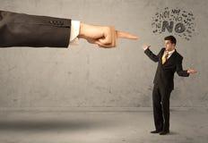 Продавец beginner руки босса направляя Стоковое Фото