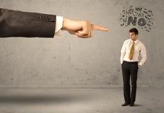 Продавец beginner руки босса направляя Стоковые Фото