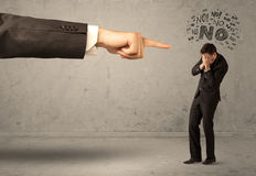 Продавец beginner руки босса направляя Стоковое Изображение