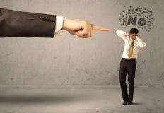 Продавец beginner руки босса направляя Стоковые Изображения