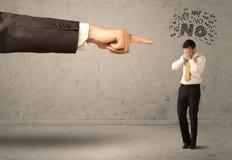 Продавец beginner руки босса направляя Стоковые Фотографии RF