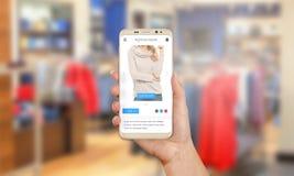 Продажа на передвижном рынке Коммерция e с мобильным телефоном стоковая фотография rf