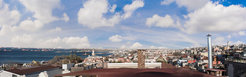 Пролив Bosphorus от верхней крыши Стоковое Фото