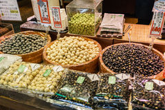 Продовольственный рынок Киото Япония Nishiki Стоковое фото RF