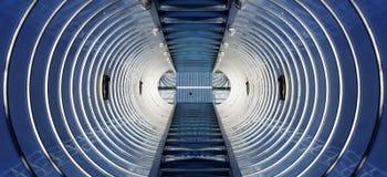 Проложите тоннель предпосылка, архитектурноакустическое абстрактное фото, коллаж Стоковое Изображение