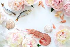 Продукт моря и предпосылка цветков Стоковое Изображение