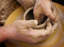 Продукция керамических изделий Стоковая Фотография