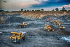 Продукция угля в моих Стоковое Фото