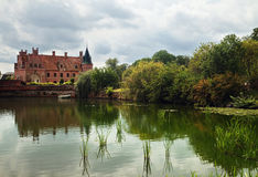 пруд замока Стоковые Фото