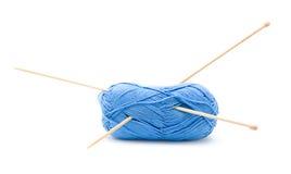 пряжа голубого хлопка шарика Стоковое Фото