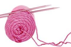 пряжа игл розовая Стоковые Фото