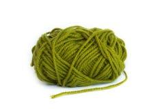 пряжа шарика зеленая Стоковое Изображение