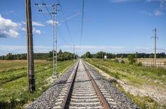 Прямая электрическая железная дорога Стоковые Изображения