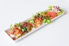 Пряная яичница, бекон и китайская сосиска стоковое фото rf