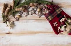 Пряник рождества в форме astar с красной перчаткой, pi Стоковое Изображение