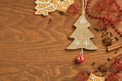 Пряник рождества на деревянной предпосылке Стоковое фото RF