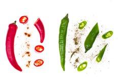 Пряные перцы chili на белой предпосылке Стоковое фото RF